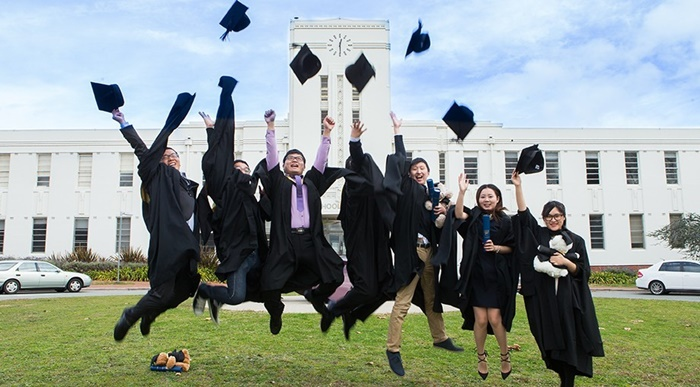 Australian-National-University-graduation-celebrates