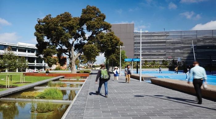 Monash-University-campus