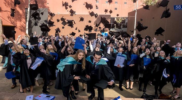 Monash-University-graduation
