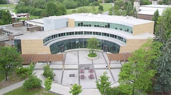University-of-Waterloo-Student-life-centre