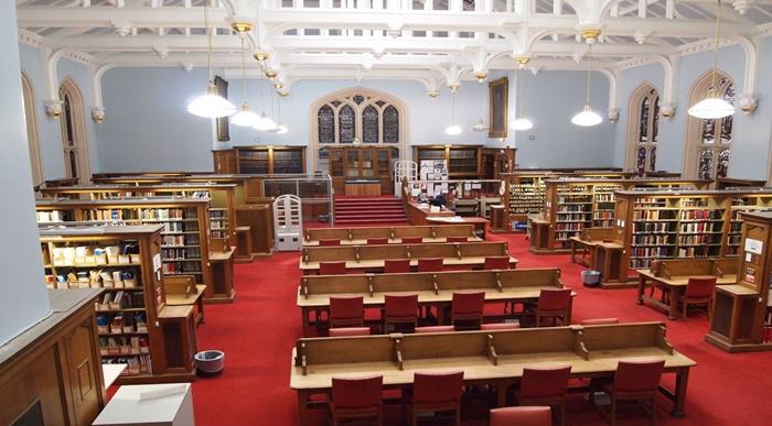 The-University-of-Edinburgh-library